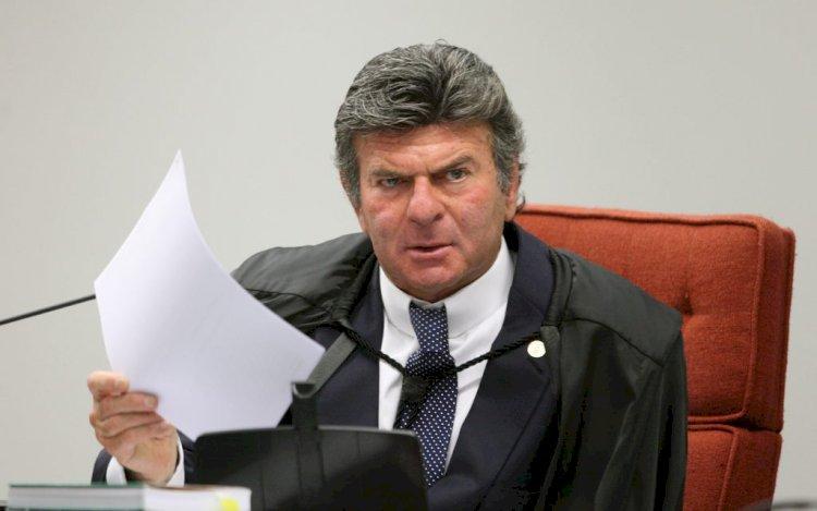 """Fux diz que """"haverá judicialização"""" e sinaliza interferência do STF sobre vacina contra a Covid"""