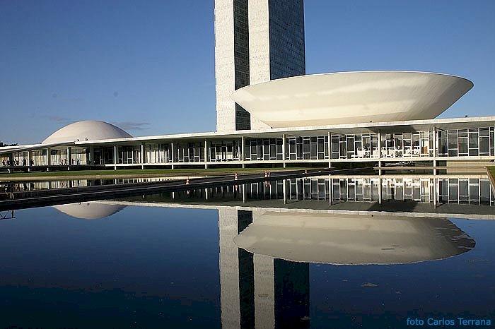 Apoio da oposição a Baleia Rossi expressa unidade contra Bolsonaro, diz PT
