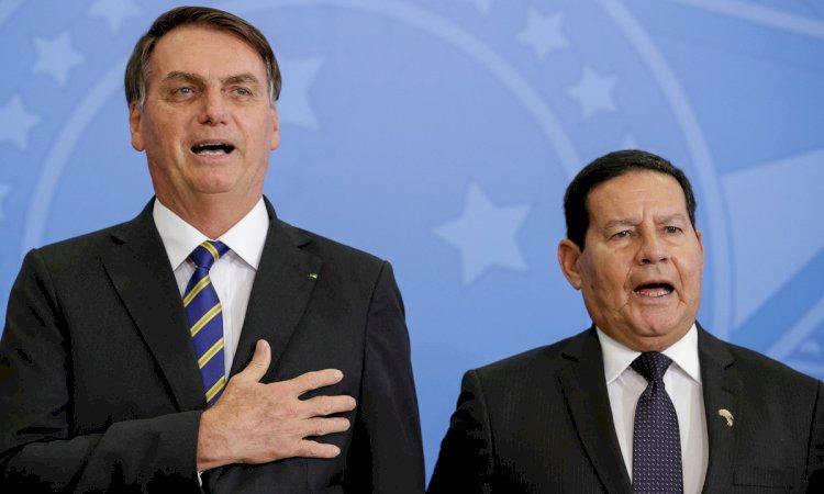 'Carta renúncia de Bolsonaro já está sendo negociada nos bastidores'