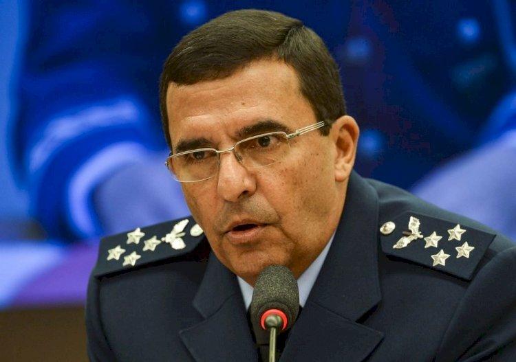 """""""Irão para a cadeia e não haverá anistia"""", diz deputado do PT a comandante da Aeronáutica"""