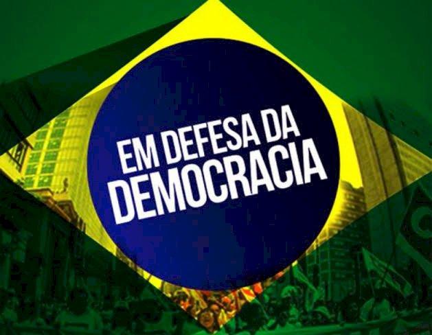 Bolsonaro veta projeto que permitia união de partidos em federações